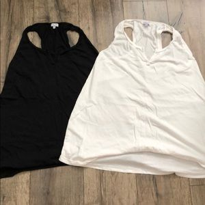 2 Oversized Tanks by Spendid